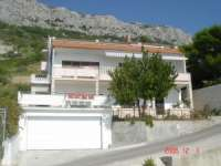 Apartments Villa Nadalina accommodation in Brela Croatia