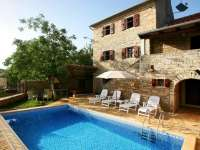 Stone house luxury Villa MARIA with swimming pool, sea 15km, ŽNJIDARIĆI Istria Croatia