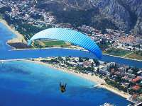 OMIŠ - PLACE FOR ADVENTURE: RAFTING AT CETINA, PARAGLIDING