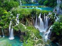 NP NATIONAL PARK PLITVICE LAKES